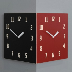 Morden Retro Corner Clock (Black&Red)